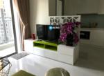 1. Vinhome Central Park for rent - living room