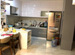 2. Căn hộ Sunrise City view - không gian bếp