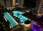 7 Diamond Island - swimming pool by night